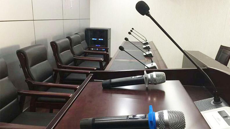 麦景龙为陕西司法局提供会议扩声系统!